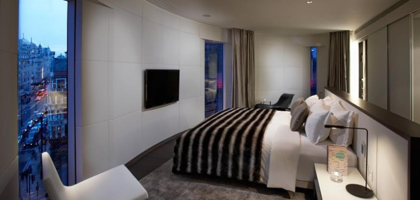 14ame-london-passionsuite-820x391