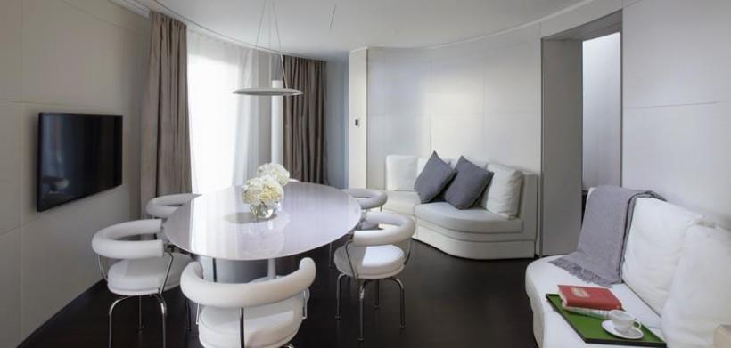 16cme-london-me-suitediningroom-820x391