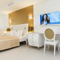 Zennio + Boutique Portals Hills Hotel