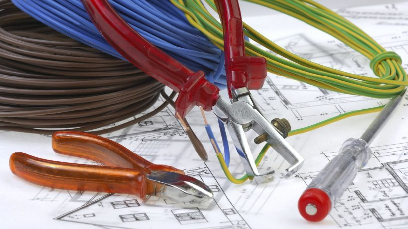 Электриков ничто не остановит от углубления в проекты KNX