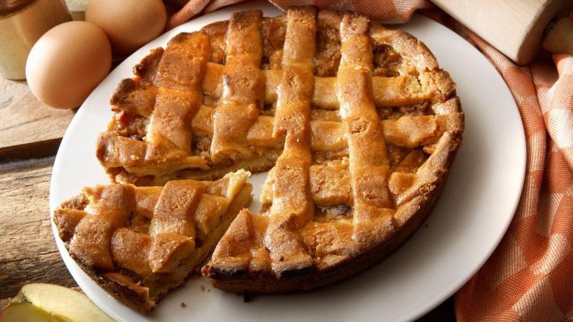 Вкусные и крупные куски пирога