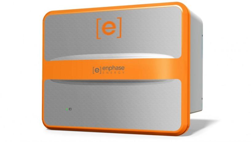 enphase-pv-storage-3-820x462