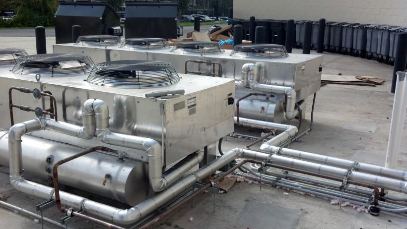 HVAC (акроним от англ. Heating, Ventilation, & Air Conditioning — Теплоснабжение, Вентиляция и Кондиционирование воздуха)